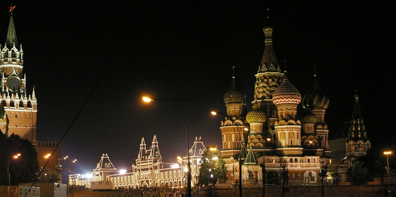 Red_Square_in_Moscow_at_Night